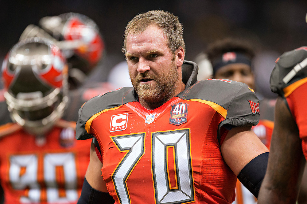 NEW ORLEANS, LA - SEPTEMBER 20:  Logan Mankins #70 of the Tampa Bay Buccaneers warming up before a game against the New Orleans Saints at Mercedes-Benz Superdome on September 20, 2015 in New Orleans Louisiana.  The Buccaneers defeated the Saints 26-19.  (Photo by Wesley Hitt/Getty Images) *** Local Caption *** Logan Mankins