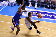 DESCRIZIONE : Brindisi  Lega A 2015-16<br /> Enel Brindisi Acqua Vitasnella Cantu'<br /> GIOCATORE : David Reginald Cournooh<br /> CATEGORIA : Palleggio Penetrazione Blocco<br /> SQUADRA : Enel Brindisi<br /> EVENTO : Campionato Lega A 2015-2016<br /> GARA :Enel Brindisi Acqua Vitasnella Cantu'<br /> DATA : 14/02/2016<br /> SPORT : Pallacanestro<br /> AUTORE : Agenzia Ciamillo-Castoria/D.Matera<br /> Galleria : Lega Basket A 2015-2016<br /> Fotonotizia : Brindisi  Lega A 2015-16 Enel Brindisi Acqua Vitasnella Cantu'<br /> Predefinita :