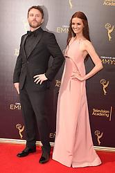 Chris Hardwick, Lydia Hearst bei der Ankunft zur Verleihung der Creative Arts Emmy Awards in Los Angeles / 110916 <br /> <br /> *** Arrivals at the Creative Arts Emmy Awards in Los Angeles, September 11, 2016 ***