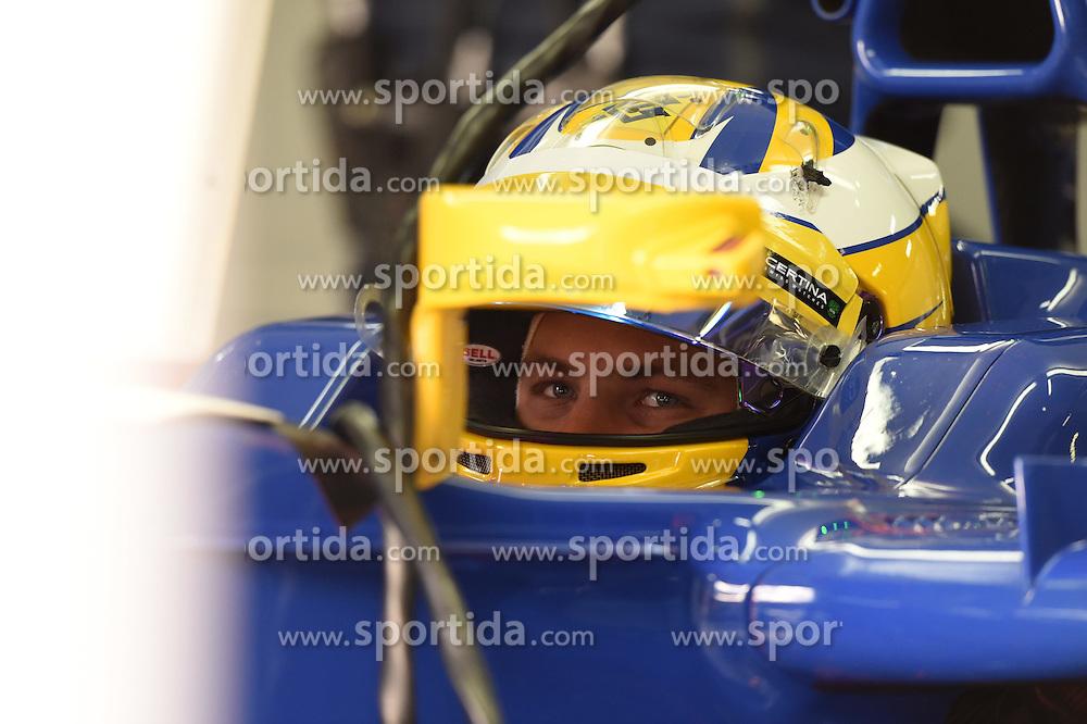 26.02.2015, Circuit de Catalunya, Barcelona, ESP, FIA, Formel 1, Testfahrten, Barcelona, Tag 1, im Bild Marcus Ericsson (SWE) Sauber C34 // during the Formula One Testdrives, day one at the Circuit de Catalunya in Barcelona, Spain on 2015/02/26. EXPA Pictures &copy; 2015, PhotoCredit: EXPA/ Sutton Images/ Mark Images<br /> <br /> *****ATTENTION - for AUT, SLO, CRO, SRB, BIH, MAZ only*****