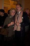Joanna Lumley and Peter Bowles, launch of 'David Hemmings Blow-Up and other exaggerations'. Published by Robson. I.C.A. The Mall.  SUPPLIED FOR ONE-TIME USE ONLY-DO NOT ARCHIVE. © Copyright Photograph by Dafydd Jones 66 Stockwell Park Rd. London SW9 0DA Tel 020 7733 0108 www.dafjones.com