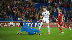 CARDIFF, WALES - Tuesday, August 21, 2014: England's Jodie Taylor shoots at goal during the FIFA Women's World Cup Canada 2015 Qualifying Group 6 match at the Cardiff City Stadium. (Pic by Ian Cook/Propaganda)