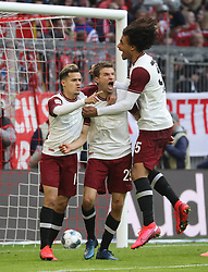 08.03.2020, Allianz Arena, Muenchen, GER, 1. FBL, FC Bayern Muenchen vs FC Augsburg, 25. Runde, im Bild Jubel nach dem 1:0 für den FC Bayern durch Thomas Müller, rechts Joshua Zirkzee, links Philippe Coutinho // during the German Bundesliga 25th round match between FC Bayern Muenchen and FC Augsburg at the Allianz Arena in Muenchen, Germany on 2020/03/08. EXPA Pictures © 2020, PhotoCredit: EXPA/ SM<br /> <br /> *****ATTENTION - OUT of GER*****