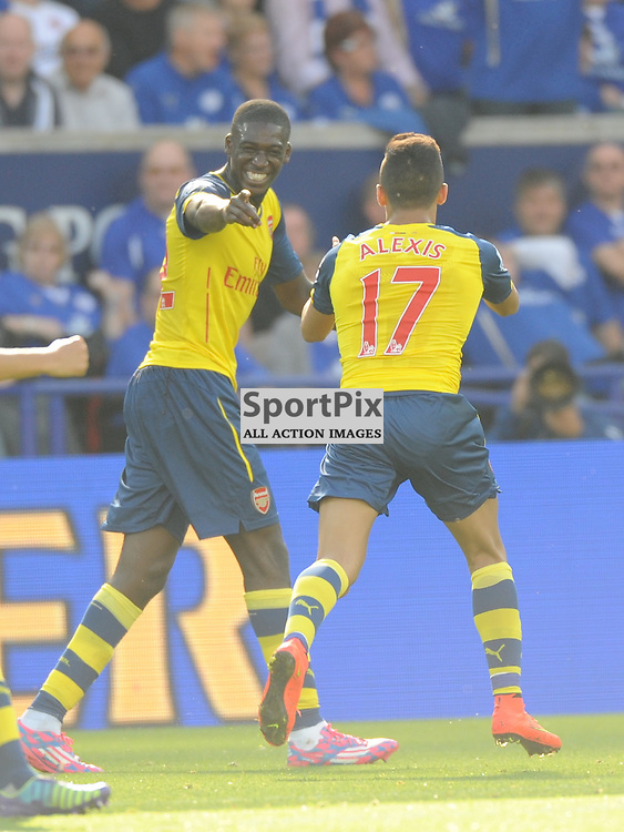 arsenal Celebartes Sanchez Goal, Leicester City v Arsenal, Premiership, King Power Stadium, Sunday 31st  August 2014