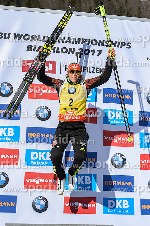 19.02.2017, Biathlonarena, Hochfilzen, AUT, IBU Weltmeisterschaften Biathlon, Hochfilzen 2017, Massenstart Damen, Flower Zeremonie, im Bild Laura Dahlmeier (GER) // Laura Dahlmeier of Germany during Flower Ceremony of the Womens Masstart of the IBU Biathlon World Championships at the Biathlonarena in Hochfilzen, Austria on 2017/02/19. EXPA Pictures © 2017, PhotoCredit: EXPA/ Stefan Adelsberger