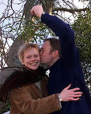 DEC 12 2000 Mistletoe Tree Couple