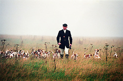 The Oakley Foot Beagles with David Manning, Joint Master and Huntsman, Melton, Leicestershire, England, UK, 27/11/97.
