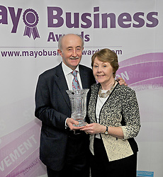 Sean Noone (Westire Technologies Belmullet ) pictured with his wife Maureen was the receipient of the Neill O&rsquo;Neill &lsquo;Outstanding Contribution to Business Award&rsquo; at Mayo Business Awards at the Broadhaven Hotel on friday night last.<br />