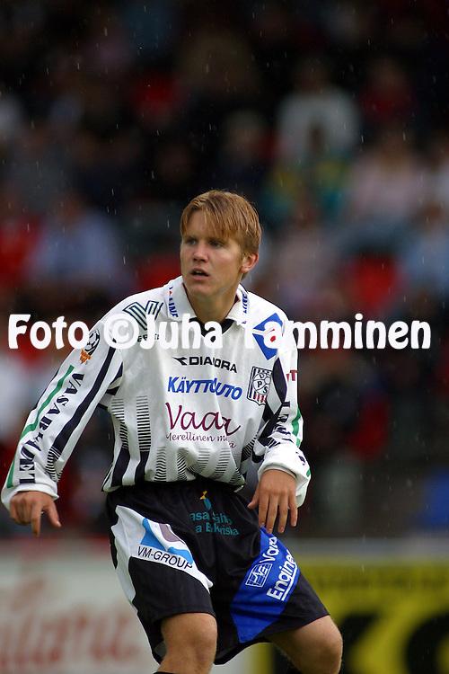 25.07.2002, Hietalahti Stadium, Vaasa, Finland..Pre-season friendly match, VPS Vaasa v Hibernian FC..Pekka Liukkonen - VPS.©Juha Tamminen