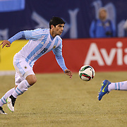 Ever Banega, Argentina, in action during the Argentina Vs Ecuador International friendly football match at MetLife Stadium, New Jersey. USA. 31st march 2015. Photo Tim Clayton