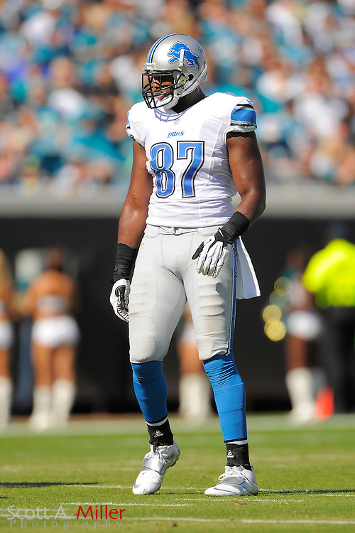 Detroit Lions tight end Brandon Pettigrew (87) during the Lions 31-14 win over the Jacksonville Jaguars at EverBank Field on November 4, 2012 in Jacksonville, Florida. ..©2012 Scott A. Miller..