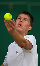 LONDON, ENGLAND - Tuesday, June 29, 2010: Oliver Golding (GBR) during the Boys' Singles 2nd Round match on day eight of the Wimbledon Lawn Tennis Championships at the All England Lawn Tennis and Croquet Club. (Pic by David Rawcliffe/Propaganda)