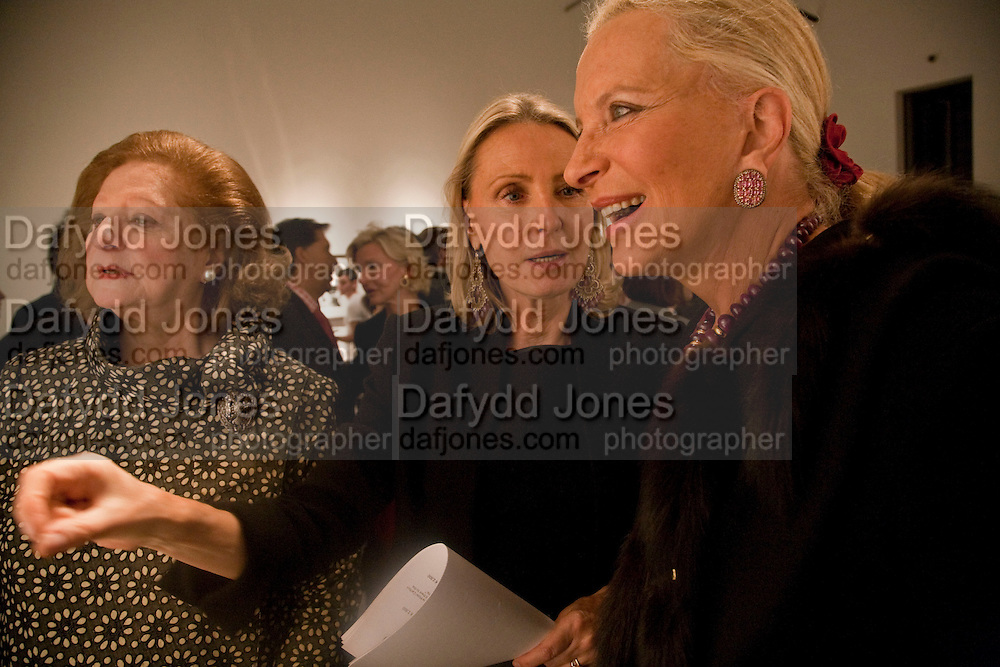 Princess Alexandra Romanoff; Ghislaine Graziani; Princess Michael of Kent, Benno Graziani: Memories Of Summer, Hamiltons Gallery. London. 16 September 2009.