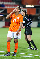 ROTTERDAM - Nederland - Zweden , Voetbal , Seizoen 2015/2016 , damesvoetbal , vrouwen , Olympisch kwalificatie toernooi , Sparta Stadion het Kasteel , 09-03-2016 , Nederland speelster Shanice van de Sanden teleurgesteld