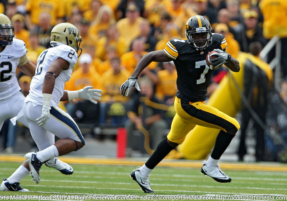 September 17, 2011: Iowa Hawkeyes wide receiver Marvin McNutt (7) tries to get around Pittsburgh Panthers defensive back K'Waun Williams (2) during the first half of the game between the Iowa Hawkeyes and the Pittsburgh Panthers at Kinnick Stadium in Iowa City, Iowa on Saturday, September 17, 2011. Iowa defeated Pittsburgh 31-27.