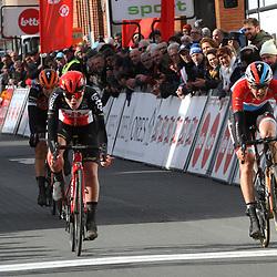03-03-2020: Wielrennen: GP Le Samyn: vrouwen: Dour: Chantal van den Broek-Blaak wint de GP Samyn voor Christine Majerus en Lotte Kopecky