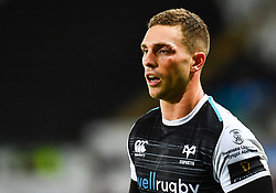 George North of Ospreys back on the field after receiving treatment <br /> <br /> Photographer Craig Thomas/Replay Images<br /> <br /> Guinness PRO14 Round 4 - Ospreys v Benetton Treviso - Saturday 22nd September 2018 - Liberty Stadium - Swansea<br /> <br /> World Copyright © Replay Images . All rights reserved. info@replayimages.co.uk - http://replayimages.co.uk