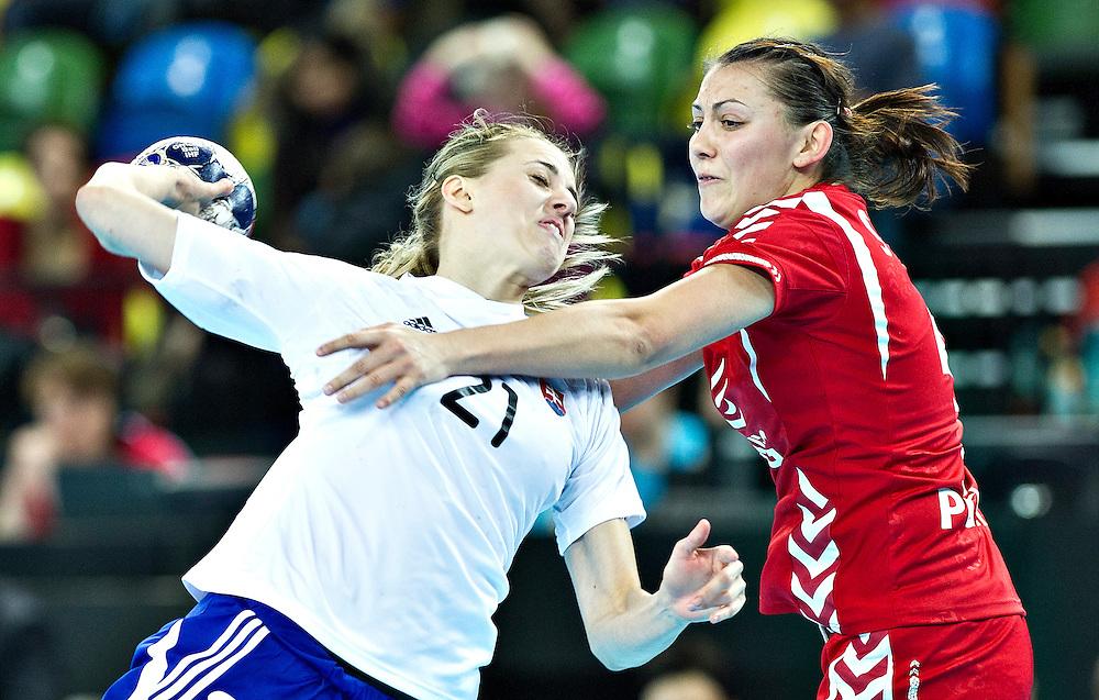 London Handball Cup - Slovakia vs Poland -Petra Popluharova (SVK), Malgortzata Stasiak (POL)
