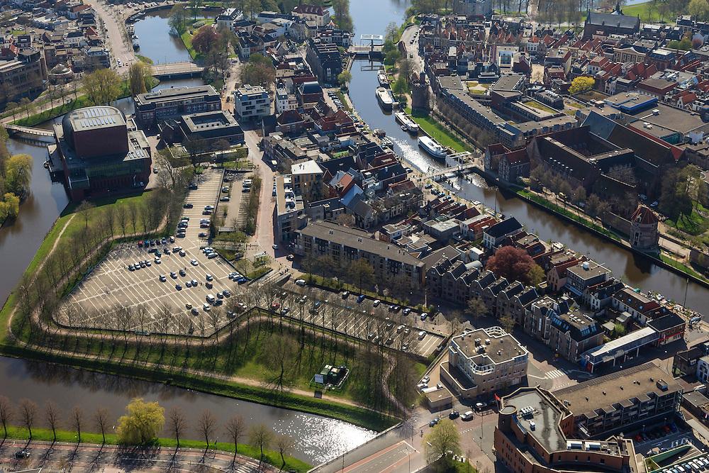 Nederland, Overijssel, Zwolle, 01-05-2013; binnenstad Zwolle met Noordereiland (li) en Thorbeckegracht (re).<br /> Restaurant De Librije (rechts van het water (net achter de toren aan het water)<br /> Historical inner city of Zwolle.<br /> luchtfoto (toeslag op standard tarieven)<br /> aerial photo (additional fee required)<br /> copyright foto/photo Siebe Swart