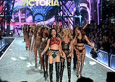 Paris - Victoria's Secret Fashion Show - 30 Nov 2016