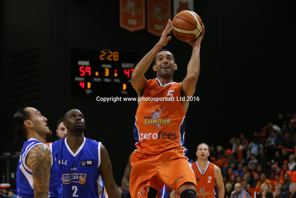 Everard Bartlett of the Sharks takes a shot in the NBL basketball match between the Southland Sharks and Wellington Saints, ILT Stadium Southland, Invercargill, Sunday, May 22, 2016. Photo: Dianne Manson / www.photosport.nz