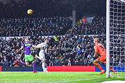 Pablo Hernandez of Leeds United (19) scores a goal to make the score 2-0 during the EFL Sky Bet Championship match between Leeds United and Bristol City at Elland Road, Leeds, England on 24 November 2018.