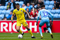 Jonson Clarke-Harris of Bristol Rovers takes on Dujon Sterling of Coventry City - Mandatory by-line: Robbie Stephenson/JMP - 07/04/2019 - FOOTBALL - Ricoh Arena - Coventry, England - Coventry City v Bristol Rovers - Sky Bet League One