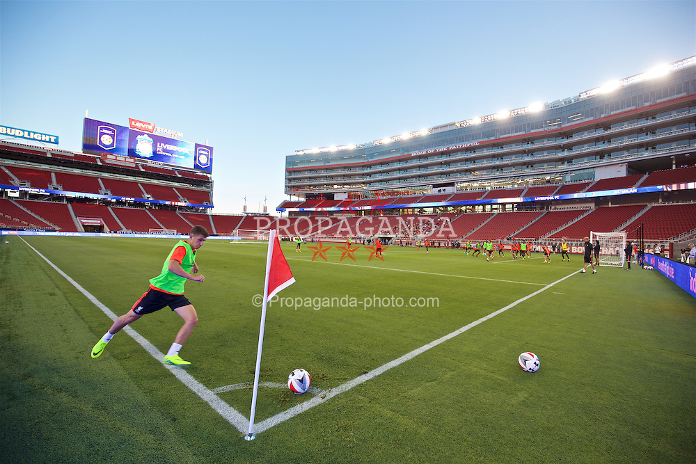 SANTA CLARA, USA - Friday, July 29, 2016: Liverpool's Cameron Brannagan takes a practice corner during a press conference ahead of the International Champions Cup 2016 game against AC Milan on day nine of the club's USA Pre-season Tour at the Levi's Stadium. (Pic by David Rawcliffe/Propaganda)