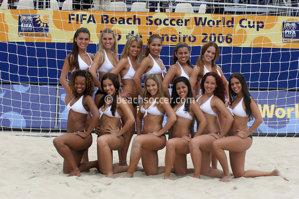 Footbal-FIFA Beach Soccer World Cup 2006 -  Oficial Games -Cheers Leaders-Rio de Janeiro- Brazil - 05/11/2006.<br />Mandatory Credit: FIFA/Ricardo Ayres