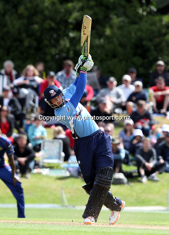 Martin Guptill in action for the Aces.<br /> Twenty20 Cricket - HRV Cup, Otago Volts v Auckland Aces, 15 January 2012, University Oval, Dunedin, New Zealand.<br /> Photo: Rob Jefferies / photosport.co.nz