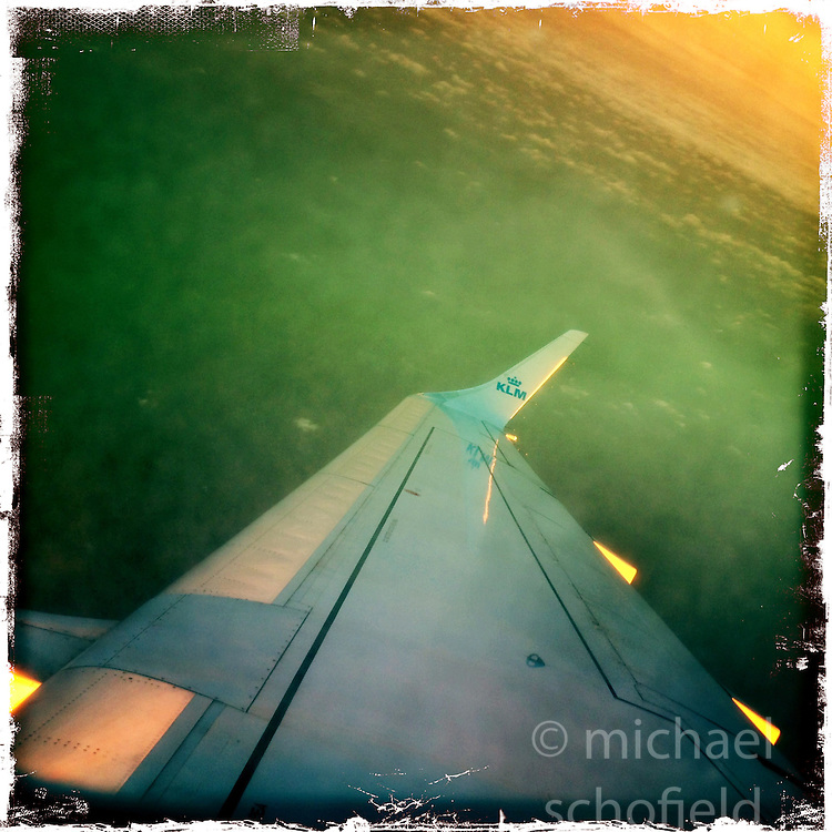Morning light on the KLM flight from Glasgow to Amsterdam, on 20th November. All images taken on an iPhone5 using the Hipstamatic photo app.