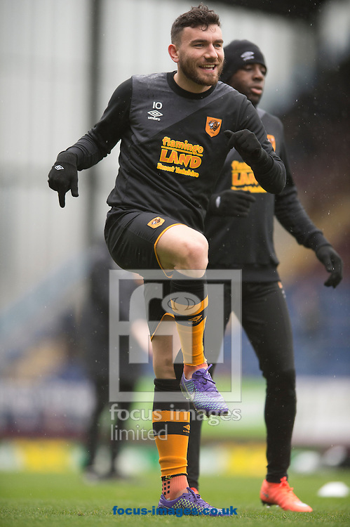 Robert Snodgrass of Hull City warms up before the Sky Bet Championship match at Turf Moor, Burnley<br /> Picture by Russell Hart/Focus Images Ltd 07791 688 420<br /> 06/02/2016