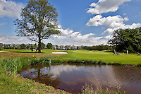 ESBEEK - Hole 18. Midden-Brabant Golfbaan. ANP COPYRIGHT KOEN SUYK