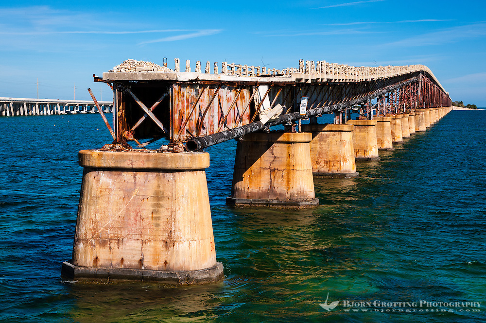 US, Florida Keys. Old and new Bahia Honda Bridge seen from Scout Key.