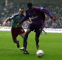 Photo:Alan Crowhurst, Digitalsport<br /> NORWAY ONLY<br /> <br /> CRYSTAL PALACE v WALSALL,Nationwide Division One,01/05/2004.Julian Gray escapes from Darren Bazeley.