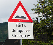 """Farts demparar"" speed bump sign in Norway."
