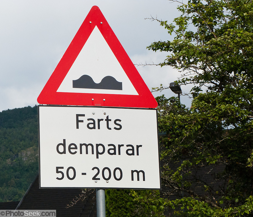 """""""Farts demparar"""" speed bump sign in Norway."""