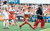 AMSTELVEEN -  Robbert Kemperman (Ned) heeft gescoord tijdens de finale Belgie-Nederland (2-4) bij de Rabo EuroHockey Championships 2017.   COPYRIGHT KOEN SUYK