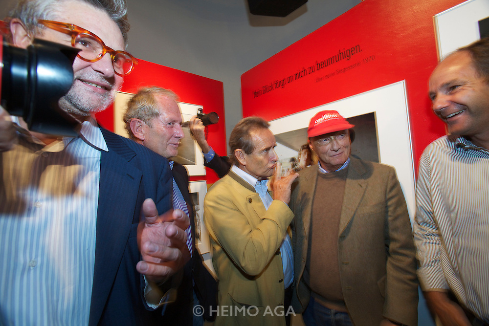 "Vienna. Opening of the Exhibition ""Jochen Rindt - Formula 1's first Pop Star"" at Galerie Westlicht. From l.: Westlicht owner Peter Coeln; former Formula 1 drivers Dr. Helmut Marko, Jacky Ickx, Niki Lauda, Gerhard Berger"