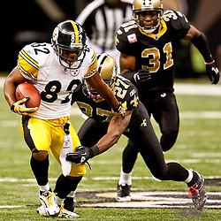 Oct 31, 2010; New Orleans, LA, USA; Pittsburgh Steelers wide receiver Antwaan Randle El (82) breaks away from New Orleans Saints cornerback Malcolm Jenkins (27) during the second half at the Louisiana Superdome. The Saints defeated the Steelers 20-10.  Mandatory Credit: Derick E. Hingle