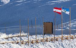 THEMENBILD - die Österreichische Fahne weht im Wind, aufgenommen am 20. April 2018 in Fusch an der Glocknerstrasse, Österreich // the Austrian flag waving in the wind, Fusch an der Glocknerstrasse, Austria on 2018/04/20. EXPA Pictures © 2018, PhotoCredit: EXPA/ JFK