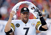 Kansas City freelance sports photographer- Pittsburgh Steelers quarterback Ben Roethlisberger on the sideline during a Kansas City Chiefs NFL football game on Sunday, Oct. 15, 2017, in Kansas City, Mo. Photo by Colin E. Braley
