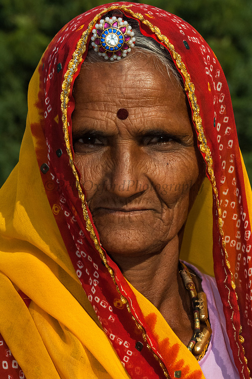 Rajasthani village woman. Pushkar, Rajasthan. INDIA