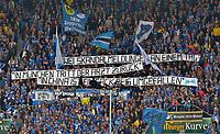 """Fotball<br /> Tyskland<br /> 18.04.2015<br /> Foto: Witters/Digitalsport<br /> NORWAY ONLY<br /> <br /> Transparent Fans Hoffenheim 2Zwei Skandalmeldungen an einem Tag: in Muenchen tritt der Arzt zurueck, in China ist ein Sack Reis umgefallen""""<br /> <br /> Fussball Bundesliga, TSG 1899 Hoffenheim - FC Bayern München"""