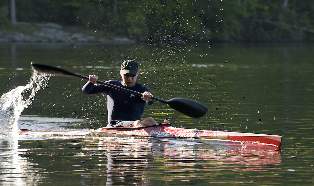 Paddling sprint kayak K1