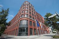 15 AUG 2009, BERLIN/GERMANY:<br /> Gebaeude der Friedrich-Ebert-Stiftung, Hiroshimastrasse 28 / Ecke Reichspietschufer<br /> IMAGE: 20090815-01-006<br /> KEYWORDS: Gebäude, Haus, Buerohaus, Bürohaus