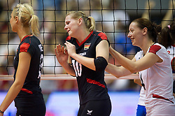 02.10.2011, Hala Pionir, Belgrad, SRB, Europameisterschaft Volleyball Frauen, Finale, Deutschland (GER) vs. Serbien (SRB), im Bild Saskia Hippe (#13 GER / Chieri ITA), Anne Matthes (#10 GER / Dresden GER) und Kerstin Tzscherlich (#4 GER / Dresden GER) nach der Niederlage // during the 2011 CEV European Championship, Final at Hala Pionir, Belgrade, SRB, Germany vs Serbia, 2011-10-02. EXPA Pictures © 2011, PhotoCredit: EXPA/ nph/  Kurth       ****** out of GER / CRO  / BEL ******