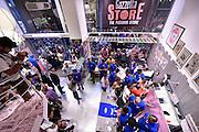 DESCRIZIONE : Nazionale Maschile Visita al Gazzetta Store <br /> GIOCATORE : panoramica<br /> CATEGORIA : nazionale maschile senior <br /> SQUADRA : Nazionale Maschile <br /> EVENTO : Visita Gazzetta Store <br /> GARA : Media Day Nazionale Maschile <br /> DATA : 20/07/2015 <br /> SPORT : Pallacanestro <br /> AUTORE : Agenzia Ciamillo-Castoria