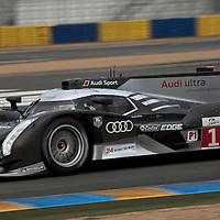 #1, Audi R18 TDI, Audi Sport Team Joest, Drivers: Dumas, Bernhard, Rockenfeller, P1, Thursday qualifying, Le Mans 24H 2011