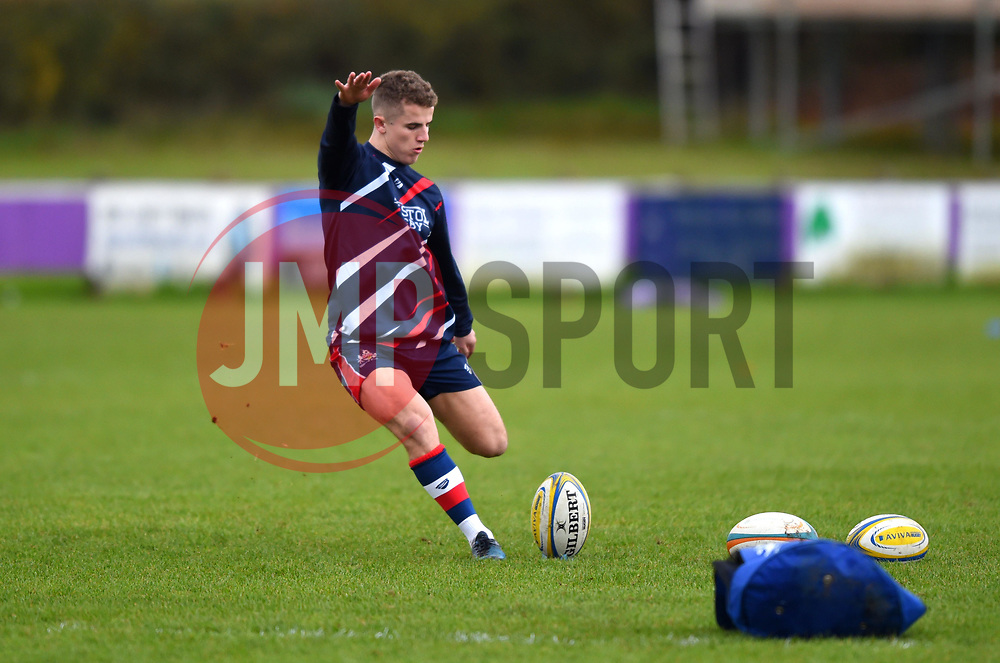 Billy Searle of Bristol United does some pre-match kicking practice - Mandatory by-line: Paul Knight/JMP - 18/11/2017 - RUGBY - Clifton RFC - Bristol, England - Bristol United v Gloucester United - Aviva A League